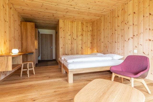 Doppelzimmer in der Holz100-Bauweise